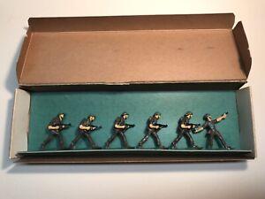 Milicast British WWII Sten Gun Set 27T Six Metal Soldier Figures Advancing