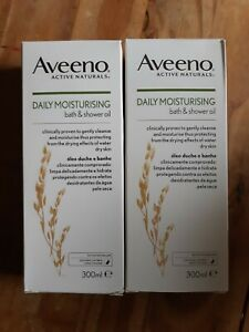 Aveeno Daily Moisturising Bath & Shower Oil 300ml x2 bundle