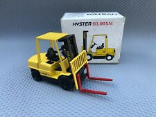 NZG HYSTER H3.00XM Fork Lift Truck 1/30 Scale Diecast Model No.382