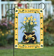 New Toland - Lucky Daffodils - Happy St Patrick Clover Shamrock Garden Flag