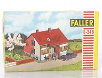 UNUSED VINTAGE FALLER B-248 HO GAUGE KIT - FAMILY HOUSE  13 × 11.8 × 8.1 cm