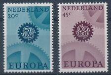 NVPH 882 - 883 Postfris