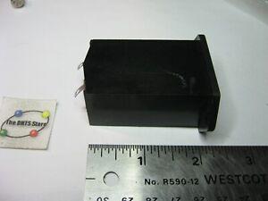 Battery Holder 9-V Panel Mount Bulgin BX0023 - NOS Qty 1