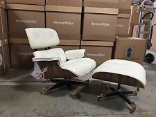 Eames Lounge Chair & Ottoman Authentic Herman Miller Open Box Vertragshändler