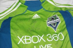 SEATTLE  SOUNDERS FC TEAM SIGNED MLS JERSEY XBOX 360 LIVE NO COA