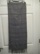 Grey and black check men's scarf with tassles