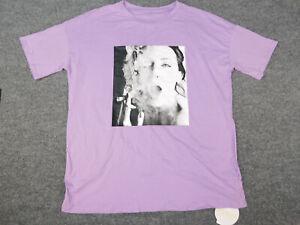 Shwin By Shwin Mens Xl Extra Large Purple Graphic T Shirt Women Smoking Cigarett