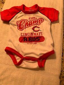 Cincinnati Reds Official MLB Apparel Little Champ Onesy Sleeper Size 0/3 Months