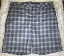 Men's Under Armour Performance Plaid Flat Front Casual Golf Shorts Size 38 Grey