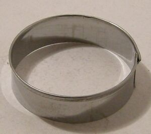 Cookie/Biscuit cutter Round s/s 8cm &1.5cm Deep Guaranteed Quality