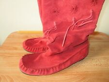 NEW CLARKS LADIES RED SUEDE MID LENGTH RAUCHED WINTER BOOTS 8 UK 42 TASSELS