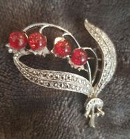 Vintage Silvertone Cranberry Brooch Pin cranberries leaves spray boquet