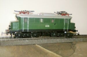 MARKLIN  HO Scale  ELECTRIC  LOCOMOTIVE * CROCODILE *  E44 039  * #3011