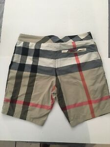 Mens Burberry swim trunks size Xl (pre-owned. 100% AUTHENTIC