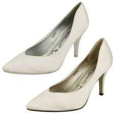 Satin Patternless Standard Width (D) Slim Heels for Women