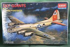 Academy Sky Giant B-17 Flying Fortress 1/200 2102 SEALED Model Kit