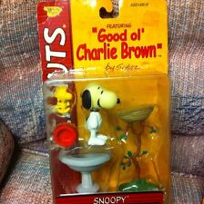 PEANUTS SNOOPY  2002  With  WOODSTOCK D0G , DISH, AND BIRD BATH