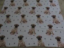 Pug Pugs Lindo Cachorro Perro Cachorros Paw Print huesos Remanente De Tela Artesanal 125x105cm