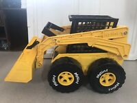 "1988 NYLINT SKID STEER 8""wide 9""tall 15""long Used Metal & Plastic"