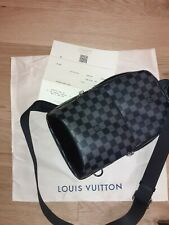 Louis Vuitton Avenue Sling Bag
