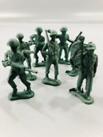 Vintage Plastic Toy Soldiers Lot of (7) Bergen Toy and Nov. Co. Inc. USA