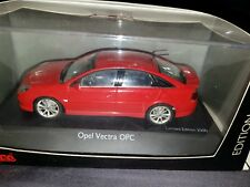 Opel Vectra OPC 1/43 schuco