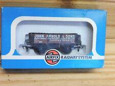 Airfix Railways 54376-1 5 Plank Wagon John Arnold & Sons in OO Scale.