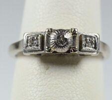 14K WHITE GOLD 3 STONE VINTAGE DIAMOND  RING SIZE 6