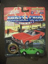 Johnny Lightning 1970 SUPER BEE vert MUSCLE CARS USA - L024