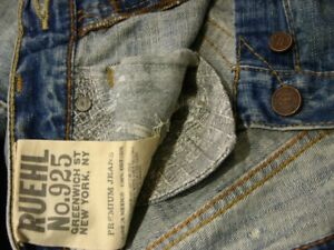 Ruehl No.925 by Abercrombie & Fitch light wash Morton destroyed jeans NWT !!