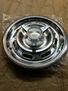 1964 PONTIAC TEMPEST GTO LEMANS CUSTOM COUPE HUBCAP WHEEL COVER CENTER CAP