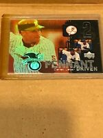 DEREK JETER NEW YORK YANKEES 2000 UPPER DECK PENNANT DRIVEN INSERT SP