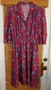 Womens Ladies California Looks Dress below knee length Size 14P peti Pre-owned