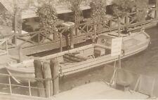 VINTAGE COCA COLA BOAT BUTTON BOTTLES FERROVIA RAILWAY STATION BAHNHOF OLD PHOTO
