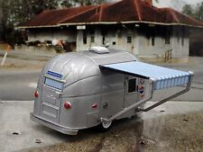 AIRSTREAM 16' BAMBI TRAILER w/ AWNING 1:64 COLLECTIBLE DIORAMA DIECAST MODEL