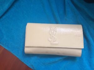 YSL VINTAGE WHITE GLOSSY LEATHER CLASSIC CLUTCH!!! PERFECT SIZE! VERY POSH LOOK!