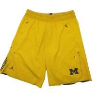 Nike Air Jordan Men's Medium Michigan Wolverines Basketball Shorts NCAA