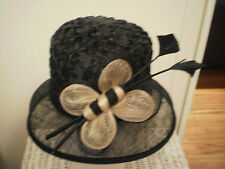 """WOMEN'S """"LILLY PILLY HATS"""" BLACK HAT DECORATED WITH A BEE FOR THE RACES"""