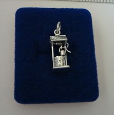 Sterling Silver 3D 22x11x8mm Wishing Water Well with Bucket Charm
