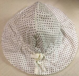 BabyGap Infant Sun Hat, up to 7 lbs, polkadot