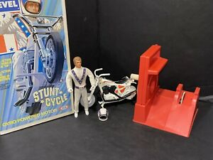 1973 EVEL KNIEVEL STUNT CYCLE WITH ORIGINAL BOX