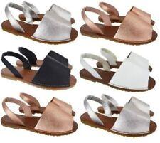 Calzado de mujer sandalias con tiras plana sin marca