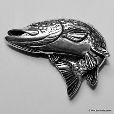 Turning Lucio Pez Pewter Broche -british Handcrafted- Pesca en Agua Dulce
