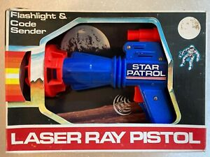 Vintage Tim Mee.STAR PATROL LASER RAY PISTOL. USA. Boxed.Flashlight Too!
