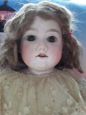 FLORODORA  A-4-M  Ancienne poupée ARMAND MARSEILLE