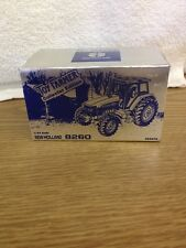 1/43 New Holland 8260 Tractor  1997 Toy Farmer Collector Edition