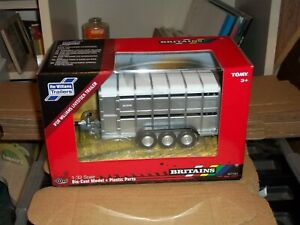 BRITAINS   40710A1 IFOR WILLIAMS LIVESTOCK TRAILER     NEW BOXED