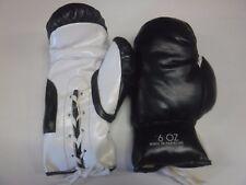 Pair Of Boxing Gloves Black & White 6 Oz Unused 091317jh2