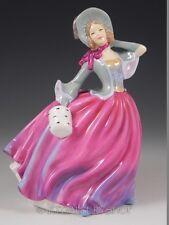 Royal Doulton 2004 Figurine HN 4716 PRETTY LADIES AUTUMN BREEZE LADY Mint