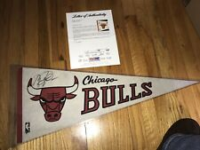 MICHAEL JORDAN  CHICAGO BULLS 1986 Rookie SIGNED PENNANT PSA/DNA Full LOA AUTO